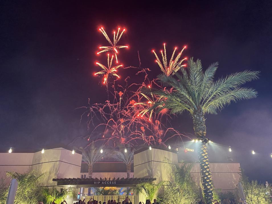 Click image for larger version.  Name:Fireworks.jpg Views:333 Size:94.6 KB ID:732